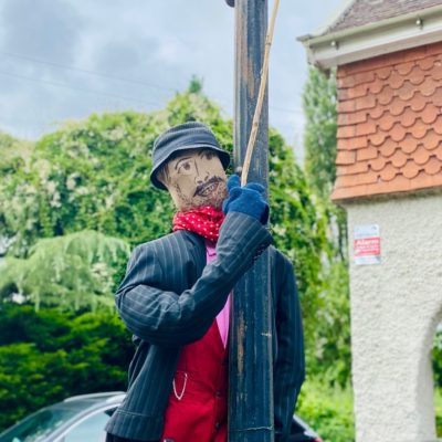 Lamplighter Scarecrow - Click to open full size image